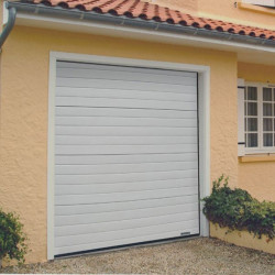 porte sectionnelle de garage motorisé habitat L2.4m x H2m